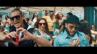 Dani Alves reappears in a music video.