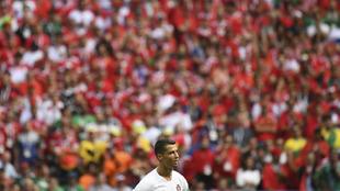 Cristiano, con la afición marroquí de fondo