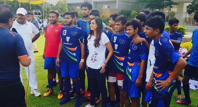Luri Sorroche durante un entrenamiento en la India.