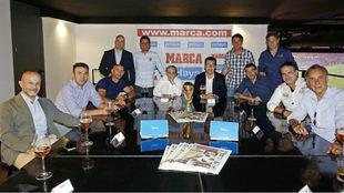 Carlos Tuñón, Quique Estebaranz, Iván Pérez y Jesús Enrique...