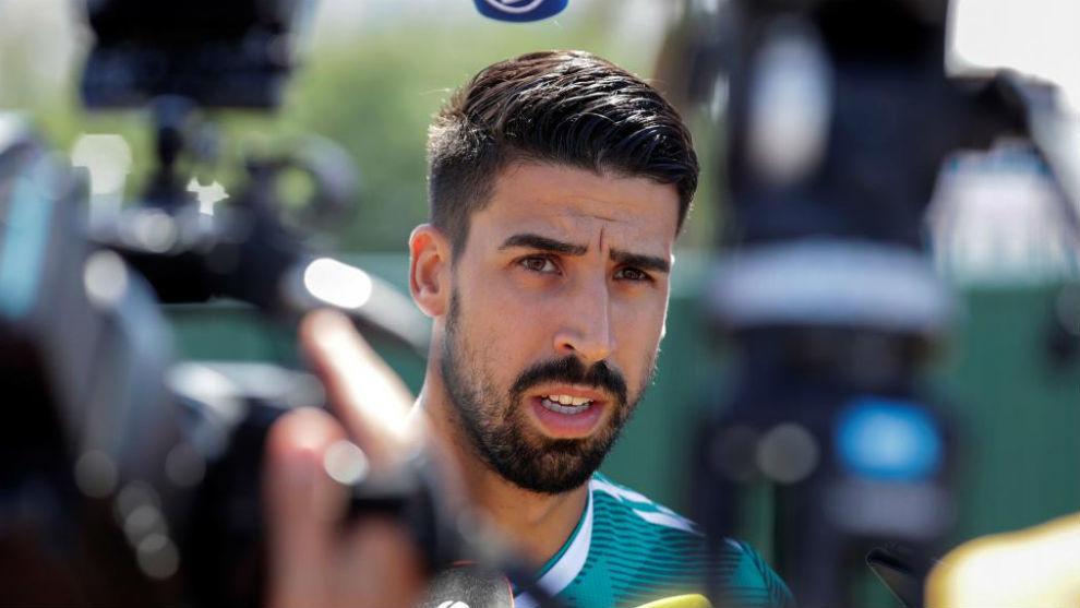 Sami Khedira attending the media after a ...