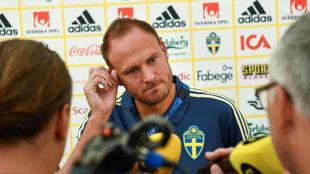Andreas Granqvist durante la rueda de prensa de este jueves.