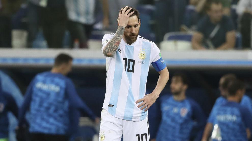 Messi (30), decepcionado tras la derrota.