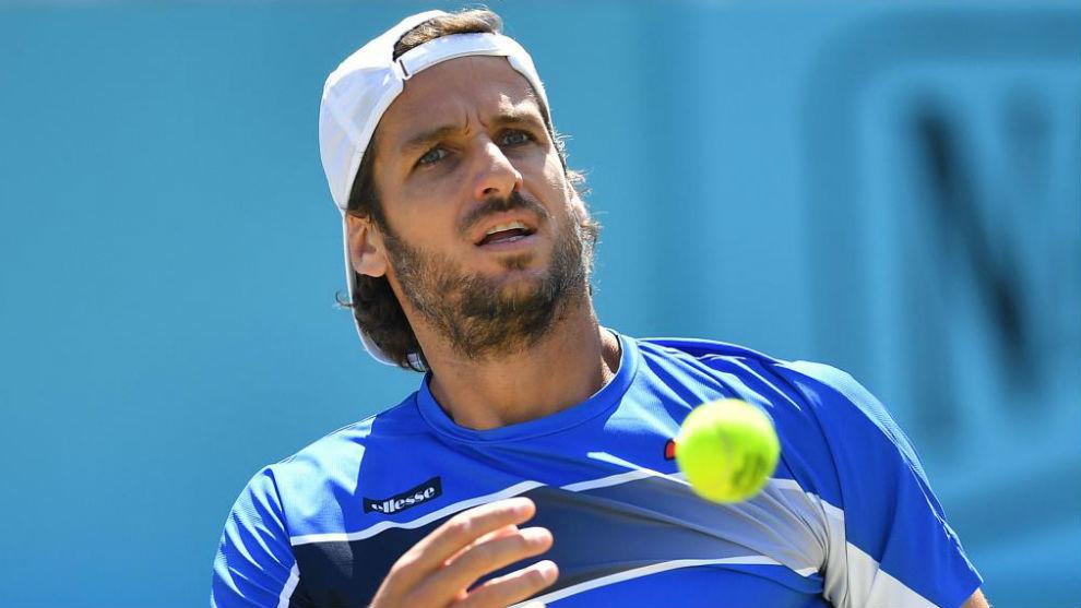 Djokovic no titubea para alcanzar sus segundas semifinales en Queen's