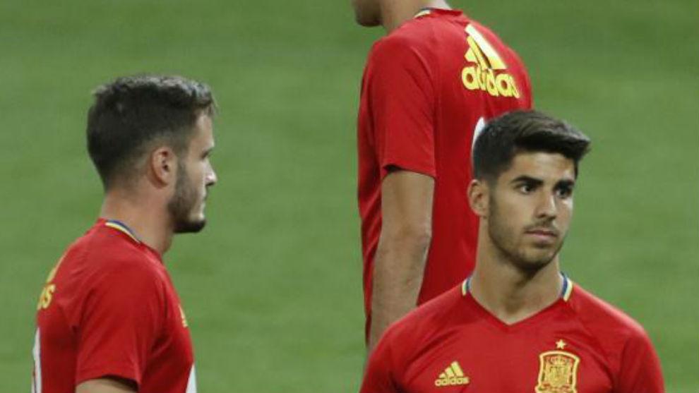 Asensio y Saúl, en un entreno con España en el Bernabéu