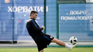 Kovacic, en un entrenamiento en Rusia con la selección