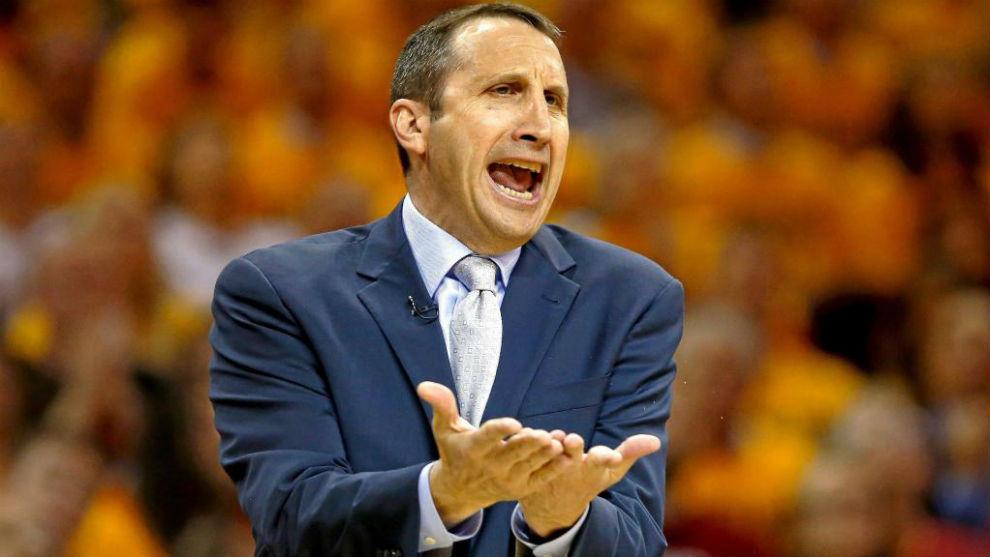 David Blatt durante la temporada que dirigió a los Cavaliers