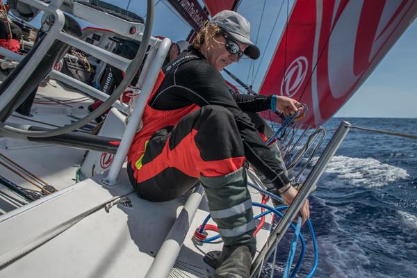 Marie Riou, durante una etapa de la Volvo Ocean Race