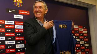 Svetislav Pesic en su presentación como entrenador del FC Barcelona