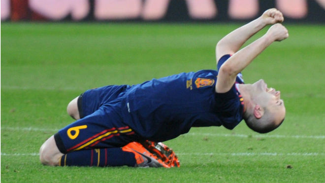 Andrés Iniesta celebra el gol en la final del Mundial