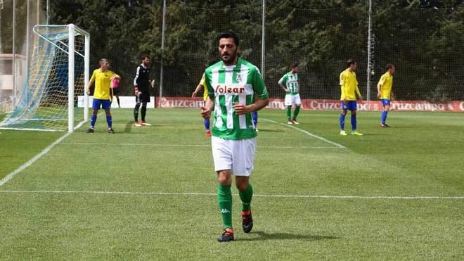 Güiza se dirige a sacar un córner en un partido con el Atlético...