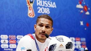 Guerrero, durante la conferencia de prensa de Perú este lunes en...