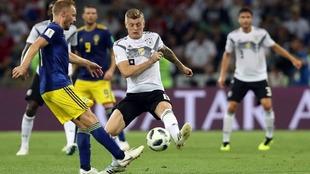 Un gol de Toni Kroos en el último minuto ante Suecia mantiene a...