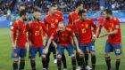 El once de España se prepara para la foto previa al choque ante...