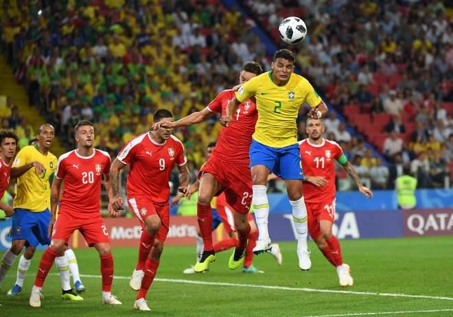 El cabezazo certero de Thiago Silva fc38f71165a77
