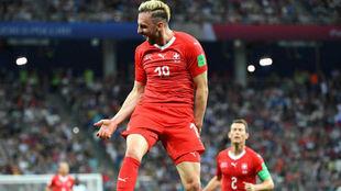 Drmic celebra un gol de Suiza en Rusia