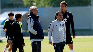 Toni Grande y Javier Miñano, durante un entrenamiento de Corea del...