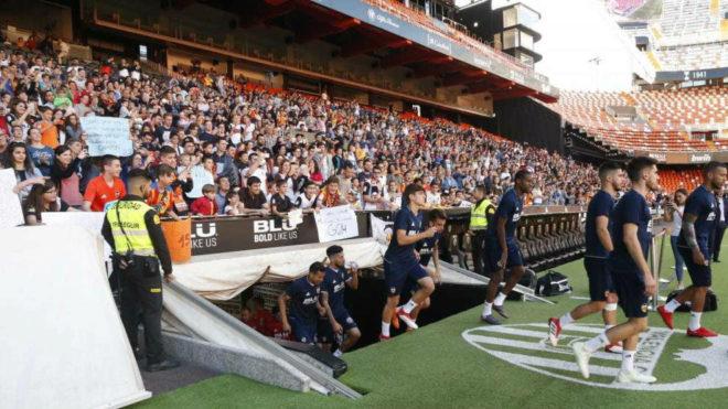 Imagen de la grada de Mestalla durante un entrenamiento.