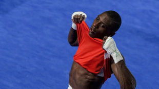 Youba Sissokho (25 años), plata en -69 kg.