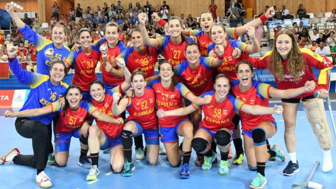 Las 'Guerreras' celebran el oro en los Juegos Mediterráneos.