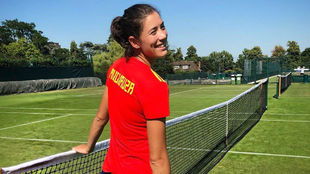 Garbiñe posa con la camiseta de España