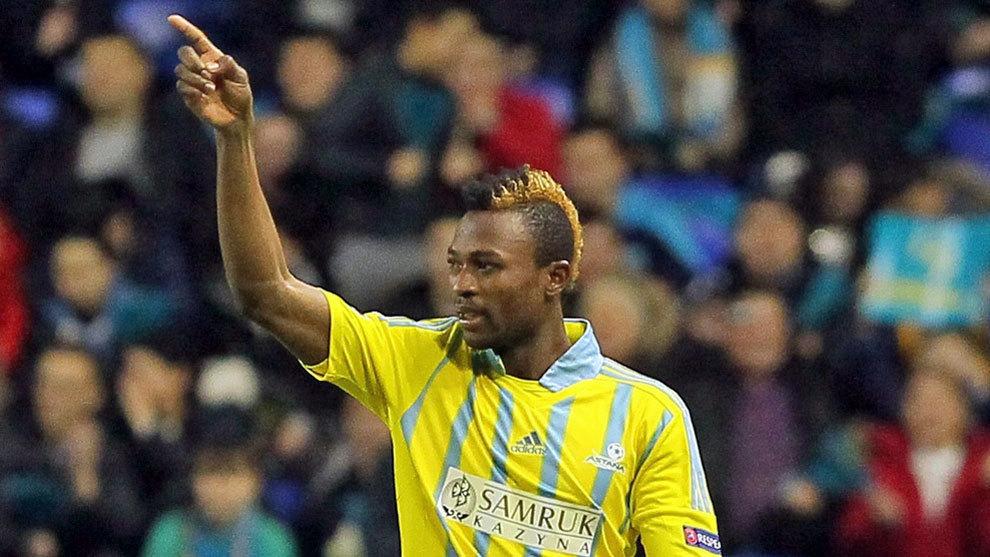 Patrick Twumasi, jugando con el Astana