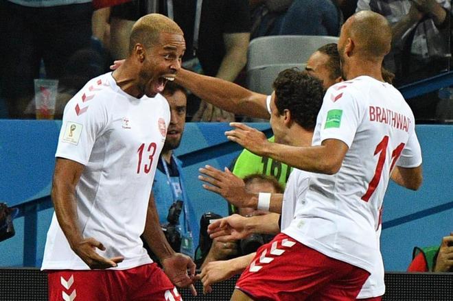 Jorgensen celebra su gol