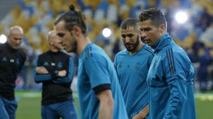 Bale, Cristiano y Benzema, en la sesión previa a la final de...