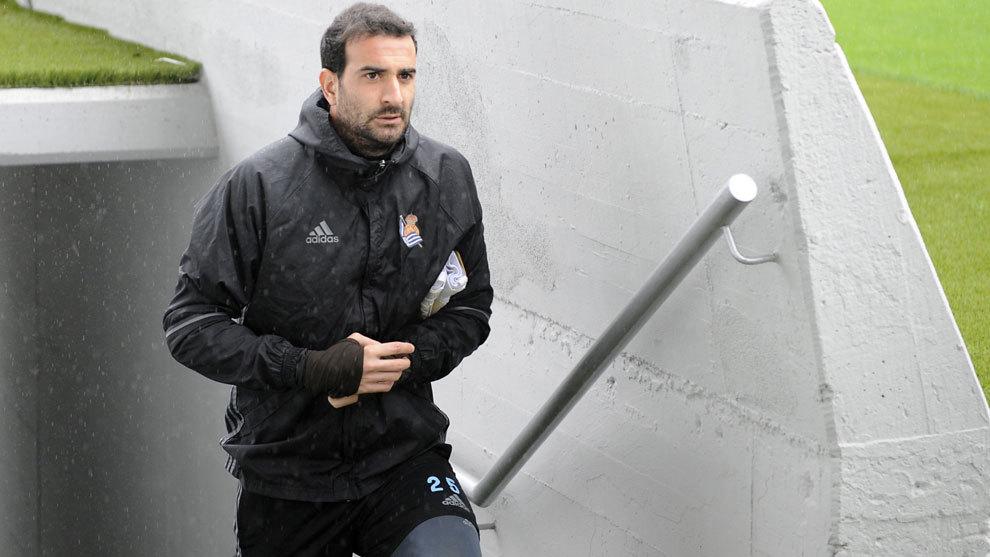 Toño Ramírez durante un entrenamiento con su antiguo club, la Real...