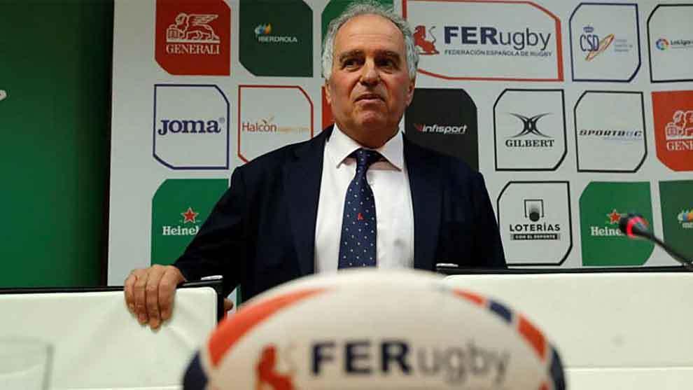 Alfonso Feijoo, durante la rueda de prensa de mayo en Madrid