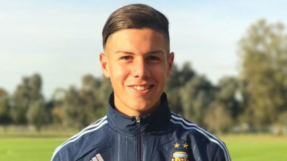 Nehuen Pérez, con la selección argentina.