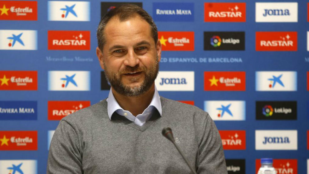 Óscar Perarnau, en la sala de prensa del RCDE Stadium.