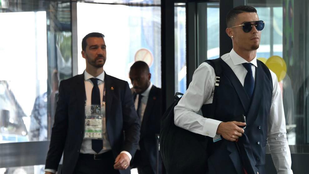 Cristiano Ronaldo looks for a home in Turin.
