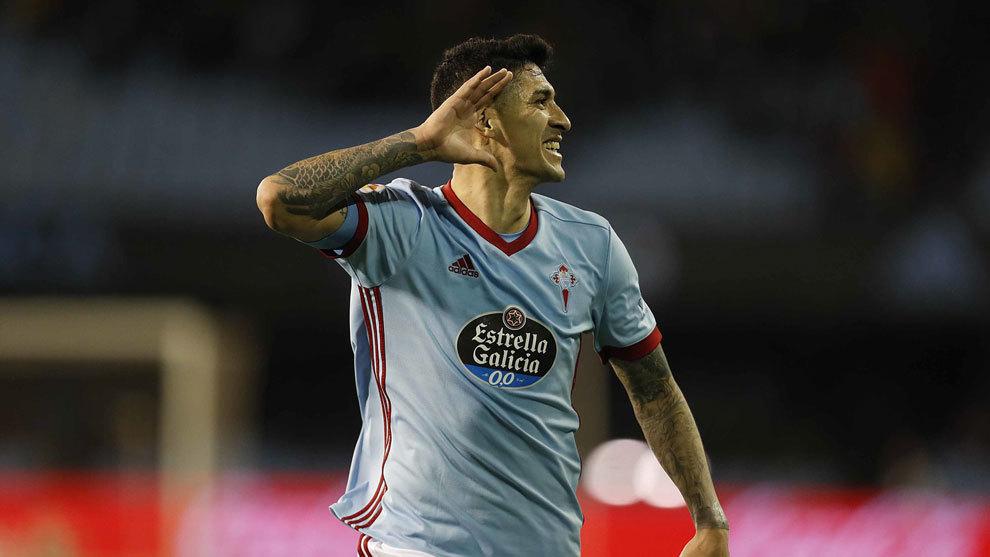Tucu Hernández celebra un gol con el Celta
