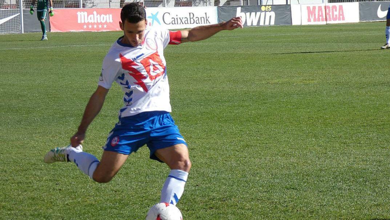 Rubén Valverde, durante un partido con el Rayo Majadahonda.