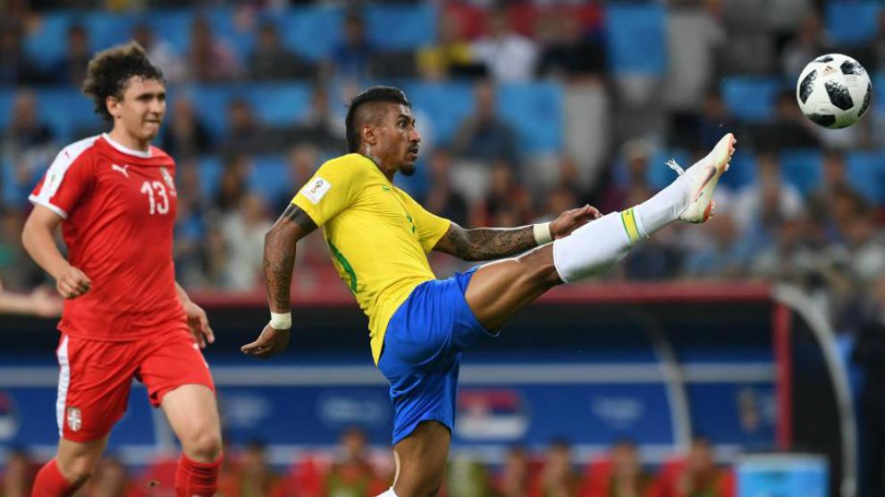 Paulinho remata el que de momento es su único gol en el Mundial de...