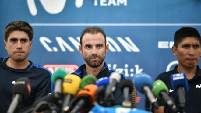 Alejandro Valverde, en rueda de prensa junto a Landa y Quintana.
