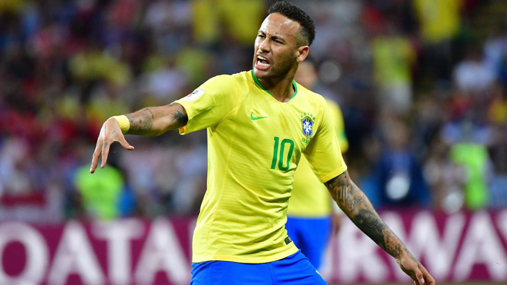 Neymar protesta una acción contra Bélgica