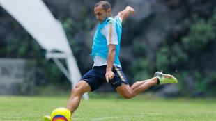Marcelo Díaz, en el entrenamiento de los Pumas