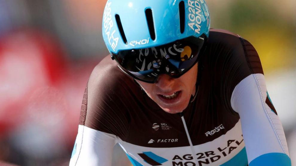 Romain Bardet durante la contrarreloj de Cholet en el Tour de Francia.
