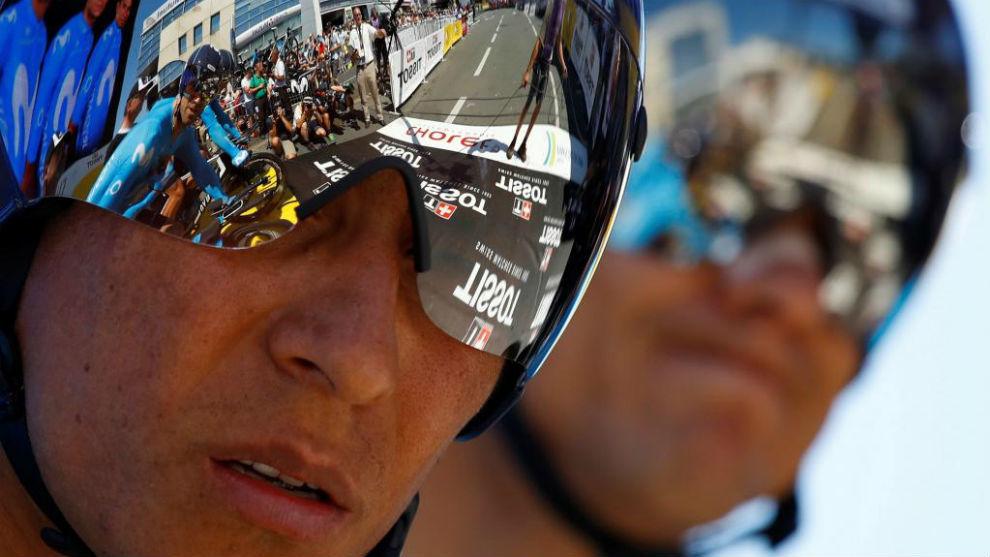 Nairo Quintana antes de tomar la salida en al contrarreloj del Tour.