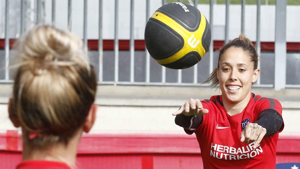 Lola Gallardo durante un entrenamiento en la Ciudad Deportiva Wanda.