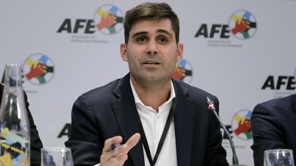 David Aganzo, presidente de la AFE, en una rueda de prensa.