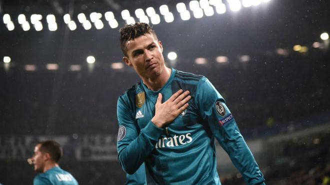 Cristiano celebrates vs Juventus.