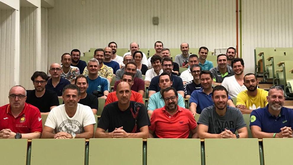 Algunos de los técnicos españoles reunidos en el 'Master Coach'
