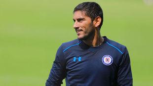 Jesús Corona, en su primer entrenamiento con Cruz Azul tras el...