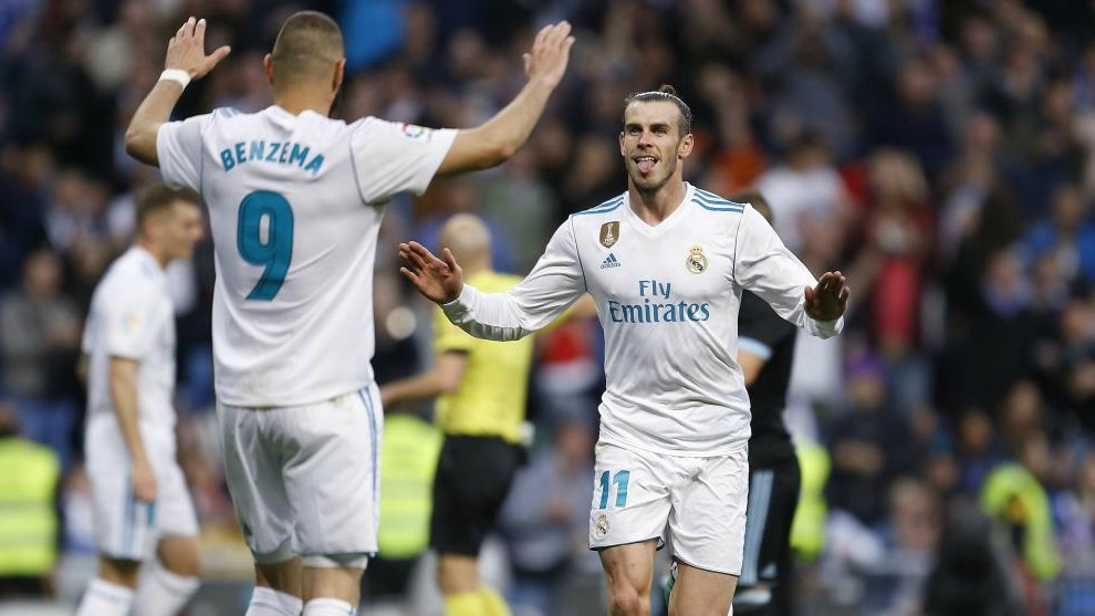 Benzema y Bale celebrando un gol en el Bernabeu.