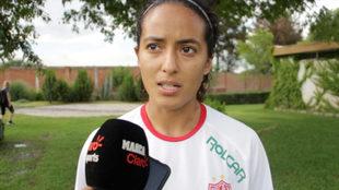 Liliana Sánchez habla ante los medios