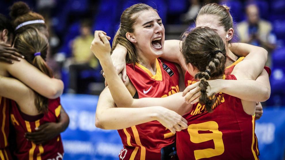 Las chicas de la selección Sub 20 celebran el agónico triunfo contra...