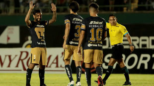 Pumas celebra el triunfo sobre Venados de Mérida